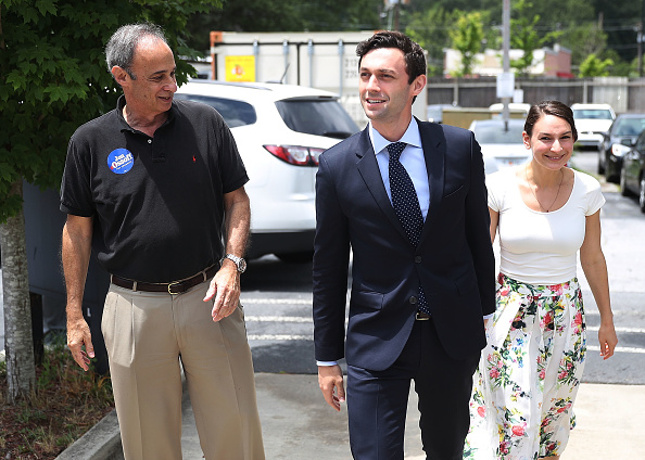 父の日「Democratic Congressional Candidate In Georgia's Special Election Jon Ossoff Campaigns In Georgia」:写真・画像(12)[壁紙.com]