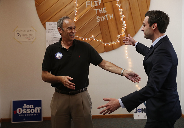 父の日「Democratic Congressional Candidate In Georgia's Special Election Jon Ossoff Campaigns In Georgia」:写真・画像(9)[壁紙.com]