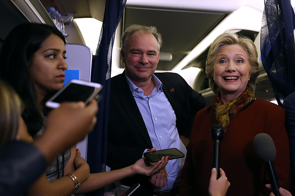 Timothy Kaine「Hillary Clinton And Tim Kaine Campaign Together In Pennsylvania」:写真・画像(19)[壁紙.com]