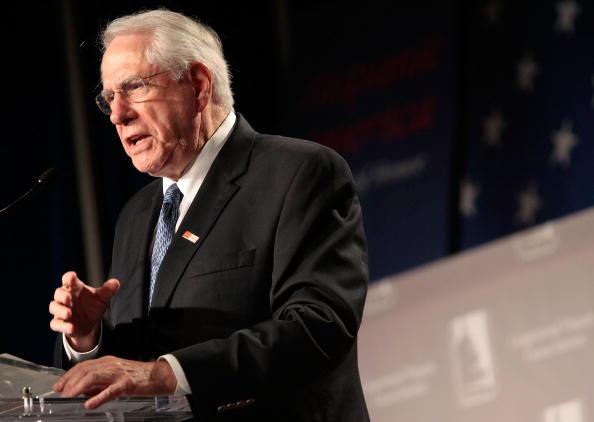 Politician「Democratic Candidates Attend Congressional Hispanic Caucus Forum」:写真・画像(8)[壁紙.com]