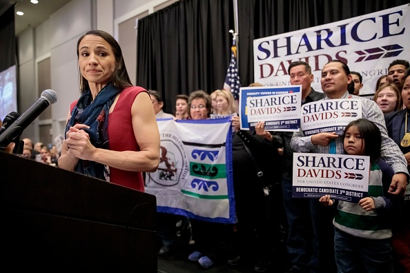 Sharice Davids「Kansas Congressional Candidate Sharice Davids' Holds Election Night Party In Olathe, Kansas」:写真・画像(15)[壁紙.com]