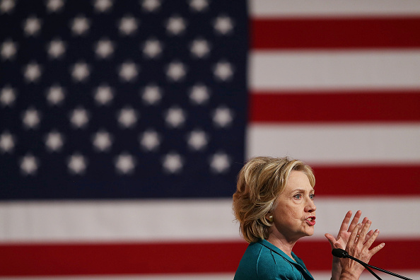 Florida International University「Hillary Clinton Calls On Congress To Lift Cuban Embargo」:写真・画像(8)[壁紙.com]