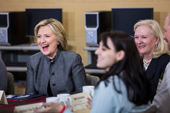 US Democratic Party 2016 Presidential Candidate「Hillary Clinton Begins New Hampshire Election Campaign」:写真・画像(16)[壁紙.com]