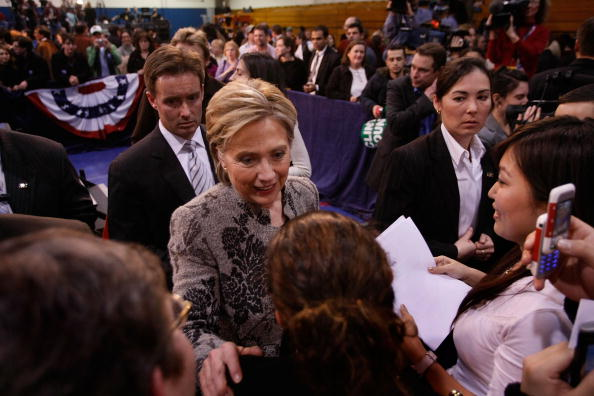 Support「Hillary Clinton Gathers With Supporters On Primary Night」:写真・画像(5)[壁紙.com]