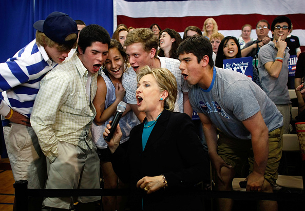 Locarno「Hillary Clinton Campaigns Ahead Of Pennsylvania's Crucial Primary」:写真・画像(17)[壁紙.com]
