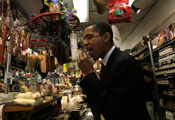 Philadelphia - Pennsylvania「Barack Obama Takes Campaign Bus Tour Through Pennsylvania」:写真・画像(13)[壁紙.com]