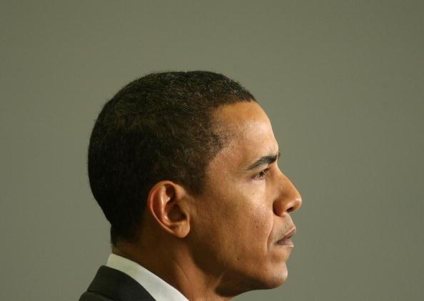 School Bus「Obama Takes One-Day Tour Through New Hampshire」:写真・画像(18)[壁紙.com]