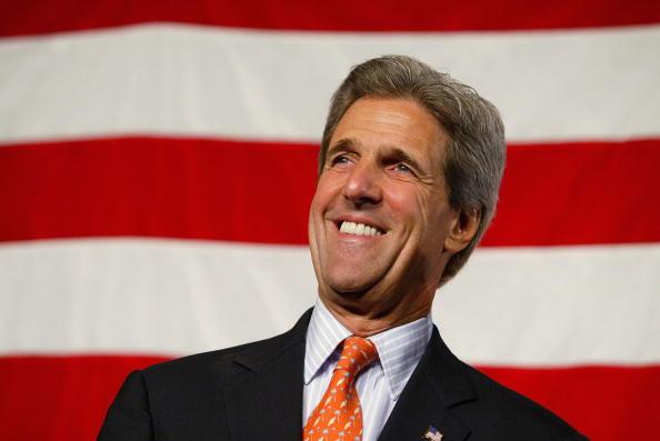 Smiling「John Kerry Campaigns In San Francisco」:写真・画像(13)[壁紙.com]