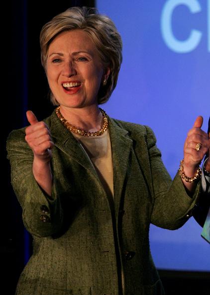 Justin Sullivan「Hillary Clinton Addresses Silicon Valley Leaders」:写真・画像(12)[壁紙.com]