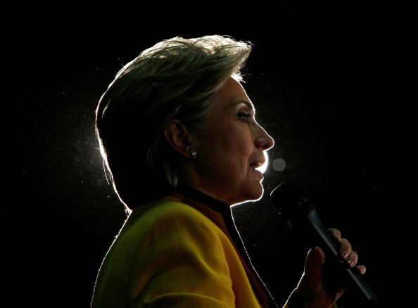 Super Tuesday「Hillary Clinton Campaigns Ahead Of Super Tuesday」:写真・画像(18)[壁紙.com]
