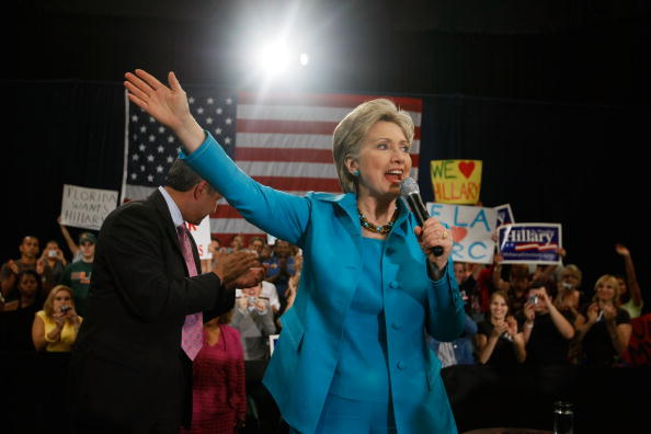 Joe Raedle「Hillary Clinton Campaigns In South Florida」:写真・画像(5)[壁紙.com]
