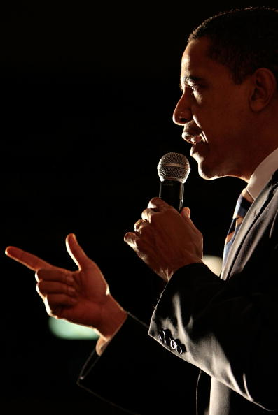 Super Tuesday「Barack Obama Campaigns Ahead Of Super Tuesday」:写真・画像(4)[壁紙.com]