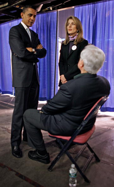 Super Tuesday「Barack Obama Campaigns Ahead Of Super Tuesday」:写真・画像(9)[壁紙.com]