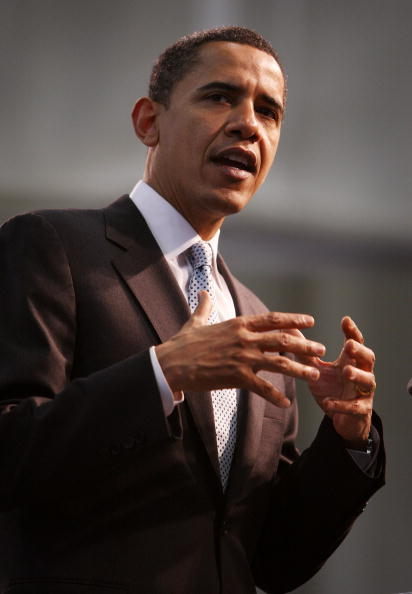 Support「Barack Obama Campaigns In Remaining Primary States」:写真・画像(11)[壁紙.com]