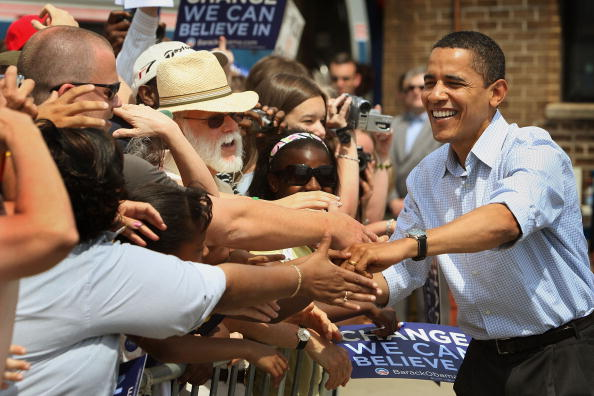 Support「Barack Obama Campaigns In Remaining Primary States」:写真・画像(16)[壁紙.com]