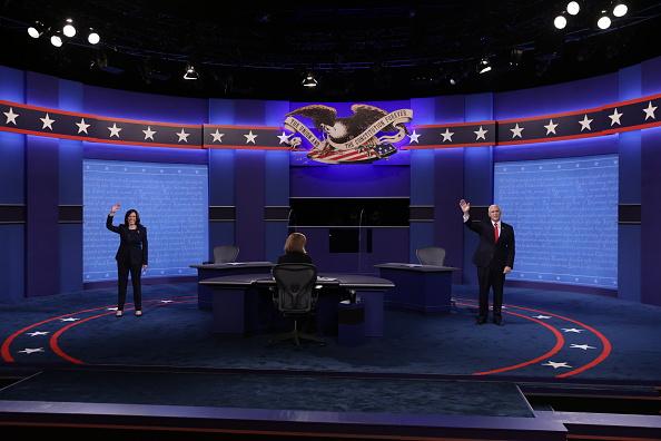 Vice President「Mike Pence And Kamala Harris Take Part In Vice Presidential Debate」:写真・画像(6)[壁紙.com]