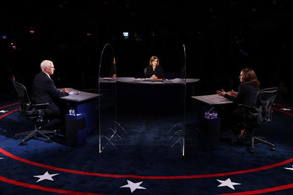 Vice President「Mike Pence And Kamala Harris Take Part In Vice Presidential Debate」:写真・画像(12)[壁紙.com]