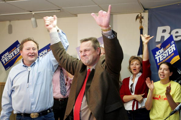 Human Arm「Tester Wins Montana Senate Race Over Burns」:写真・画像(12)[壁紙.com]