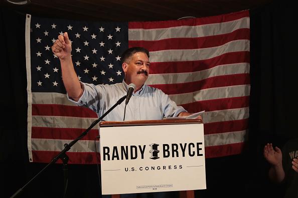 Scott Olson「WI Democratic Congressional Candidate Randy Bryce Holds Primary Night Event」:写真・画像(10)[壁紙.com]