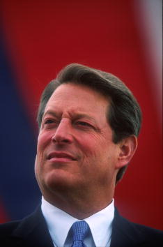 Huntington - West Virginia「Al Gore At A West Virginia Rally」:写真・画像(2)[壁紙.com]
