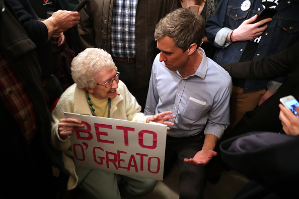 Chip Somodevilla「Beto O'Rourke Begins First Campaign Swing In Iowa As A Presidential Candidate」:写真・画像(17)[壁紙.com]