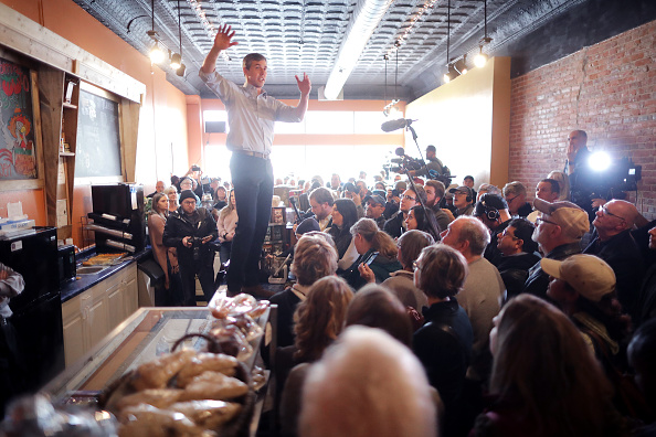 Chip Somodevilla「Beto O'Rourke Begins First Campaign Swing In Iowa As A Presidential Candidate」:写真・画像(14)[壁紙.com]