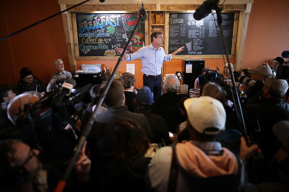 Chip Somodevilla「Beto O'Rourke Begins First Campaign Swing In Iowa As A Presidential Candidate」:写真・画像(13)[壁紙.com]