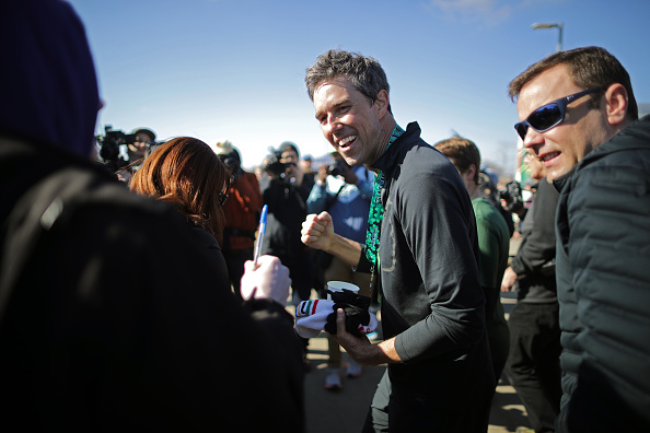 Chip Somodevilla「Beto O'Rourke Begins First Campaign Swing In Iowa As A Presidential Candidate」:写真・画像(3)[壁紙.com]
