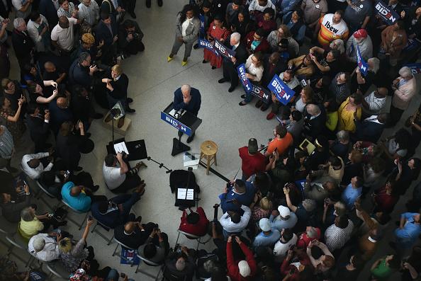 Super Tuesday「Presidential Candidate Joe Biden Campaigns In Texas Ahead Of Super Tuesday」:写真・画像(3)[壁紙.com]