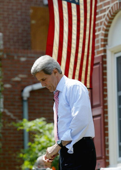 NAACP「John Kerry Holds A Front Porch Event In Pennsylvania」:写真・画像(9)[壁紙.com]
