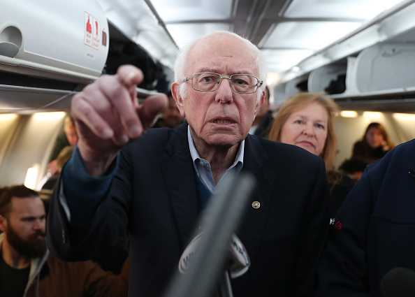 Primary Election「Bernie Sanders Discusses Caucus Vote Count Delay On Flight From Iowa To NH」:写真・画像(19)[壁紙.com]