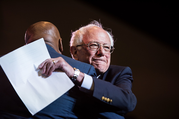 Southern USA「Democratic Presidential Candidates Attend The South Carolina Convention」:写真・画像(7)[壁紙.com]