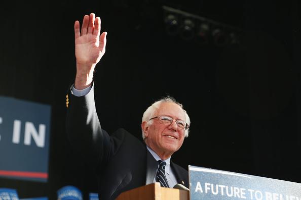 ネバダ州「Sanders Concedes To Clinton In Nevada Caucus」:写真・画像(15)[壁紙.com]