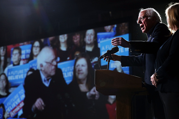 Super Tuesday「Bernie Sanders Holds Super Tuesday Campaign Rally In Vermont」:写真・画像(4)[壁紙.com]