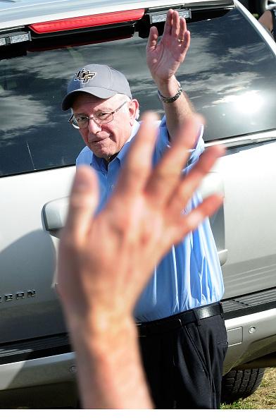 Gerardo Mora「Bernie Sanders Campaigns In Florida Ahead Of Primary」:写真・画像(19)[壁紙.com]