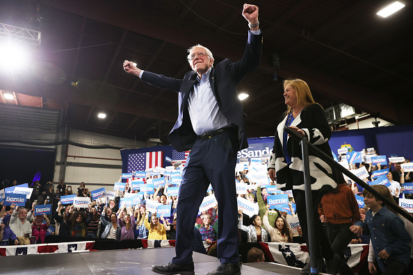 Super Tuesday「Presidential Candidate Bernie Sanders Holds Super Tuesday Night Rally In Vermont」:写真・画像(11)[壁紙.com]