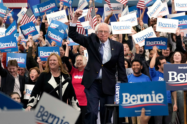 Manchester - New Hampshire「Presidential Candidate Bernie Sanders Holds NH Primary Night Event In Manchester」:写真・画像(5)[壁紙.com]