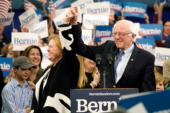 Manchester - New Hampshire「Presidential Candidate Bernie Sanders Holds NH Primary Night Event In Manchester」:写真・画像(4)[壁紙.com]