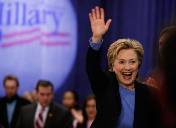 Wave「Hillary Clinton Continues Final Campaign Push Through Iowa」:写真・画像(19)[壁紙.com]