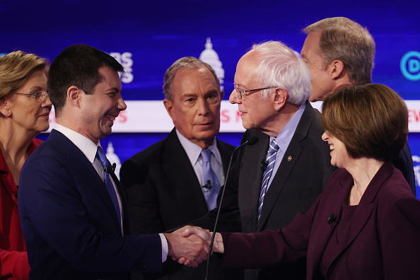 South Carolina「Democratic Presidential Candidates Debate In Charleston Ahead Of SC Primary」:写真・画像(8)[壁紙.com]