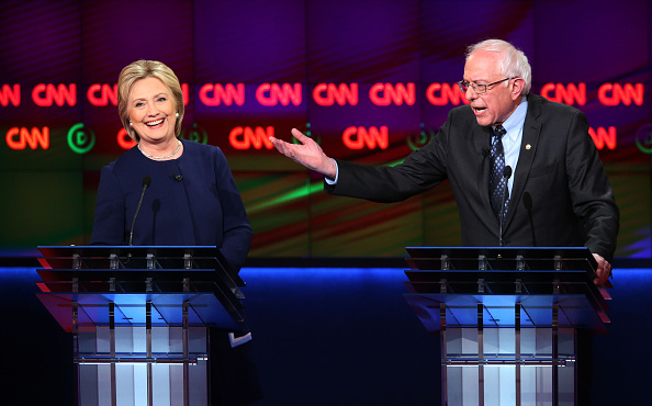 Super Tuesday「Democratic Presidential Candidates Debate In Flint」:写真・画像(1)[壁紙.com]