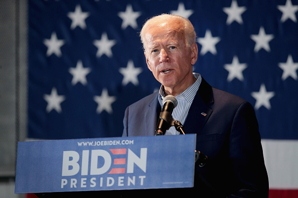 Portrait「Newly-Minted Presidential Candidate Joe Biden Makes First Campaign Tour Of Iowa」:写真・画像(5)[壁紙.com]