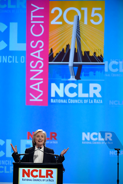 US Democratic Party 2016 Presidential Candidate「Hillary Clinton Addresses National Council of La Raza Conference」:写真・画像(3)[壁紙.com]