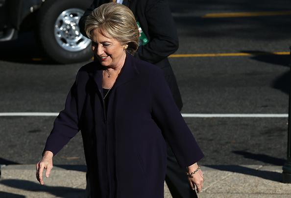 登場「Hillary Clinton Testifies Before House Select Committee On Benghazi Attacks」:写真・画像(15)[壁紙.com]