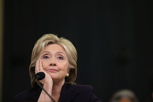 Testimony「Hillary Clinton Testifies Before House Select Committee On Benghazi Attacks」:写真・画像(7)[壁紙.com]