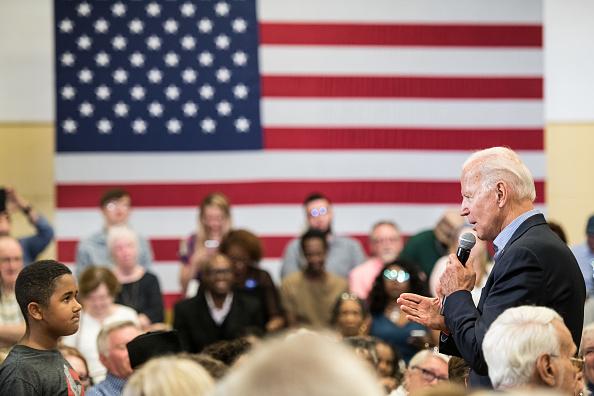 South Carolina「Democratic Presidential Candidate Joe Biden Holds South Carolina Town Hall」:写真・画像(19)[壁紙.com]