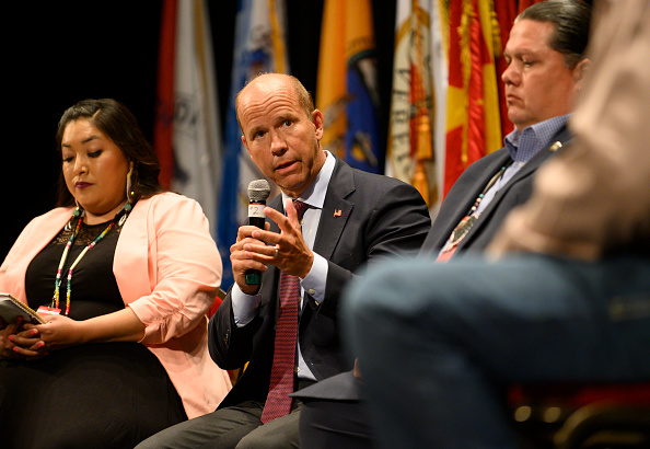Presidential Candidate「Democratic Presidential Candidates Attend Frank LaMere Native American Presidential Forum In Iowa」:写真・画像(10)[壁紙.com]