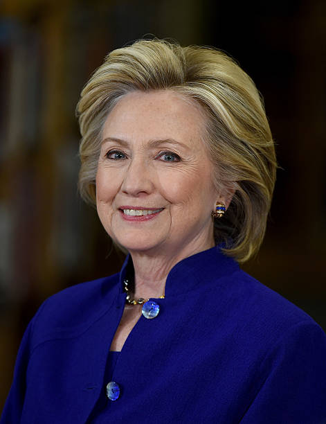 Hillary Clinton Holds Campaign Roundtable In Las Vegas:ニュース(壁紙.com)