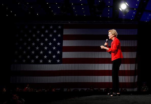 Des Moines - Iowa「Presidential Candidates Attend Gun Safety Forum In Des Moines」:写真・画像(16)[壁紙.com]