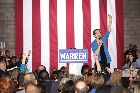 Super Tuesday「Democratic Presidential Candidate Elizabeth Warren Holds Super Tuesday Night Event In Detroit」:写真・画像(15)[壁紙.com]